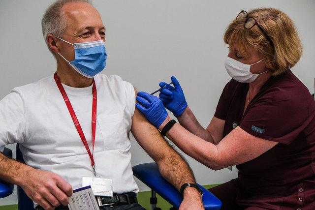 TARİHİ GÜN! Son dakika: Avrıpa'da korona aşısı vurulmaya başlandı!