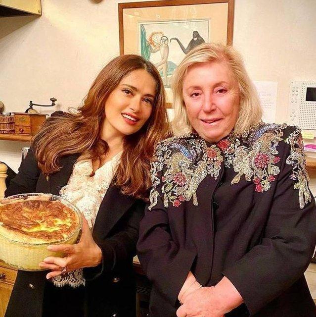 Salma Hayek: Kayınvalidemle akşam yemeğindeyiz - Magazin haberleri