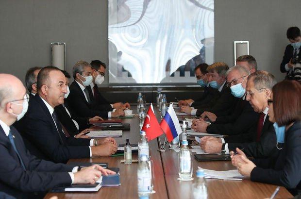 Çavuşoğlu: Amacımız Rusya ile Türkiye'de ortak aşı üretmek