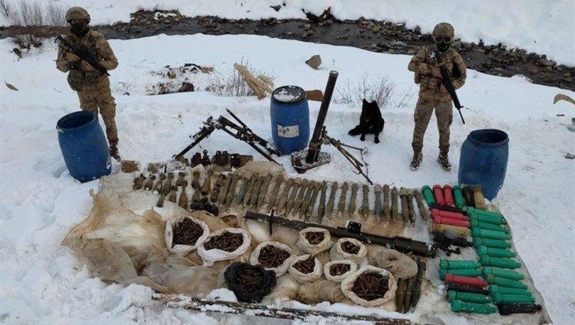 Hakkari'de terör örgütü PKKnın cephaneliği ele geçirildi