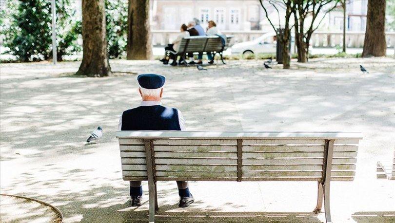 65 yaş üstü hafta sonu (2-3 Ocak) sokağa çıkabilir mi? 65 yaş üstü sokağa çıkma yasağı hangi günler, saatleri