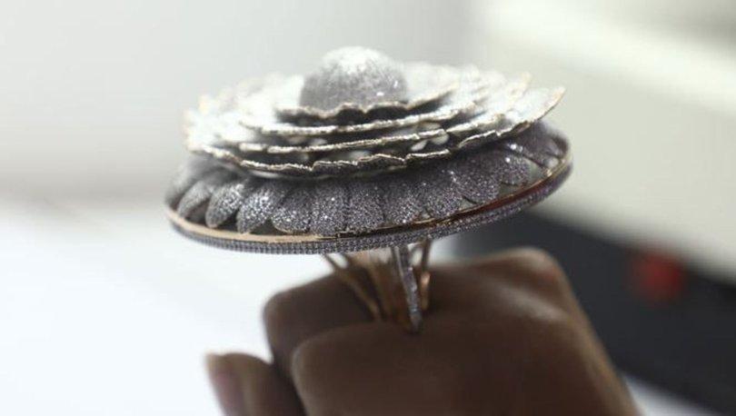 Üzerinde 12 bin 638 elmas bulunuyor... Guinness rekoru kırdı! - Haberler