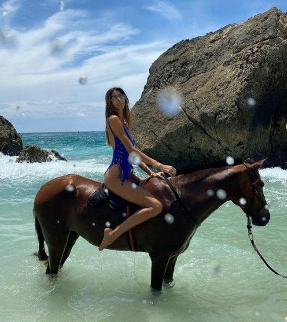 Şevval Şahin'in at üzerindeki pozları olay oldu! - Magazin haberleri