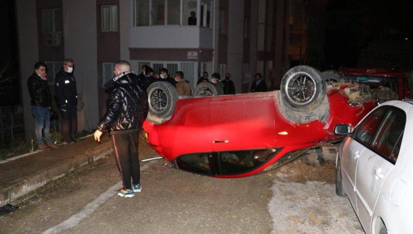 İzmir'de şarampole uçan otomobil, takla atarak sokağa düştü