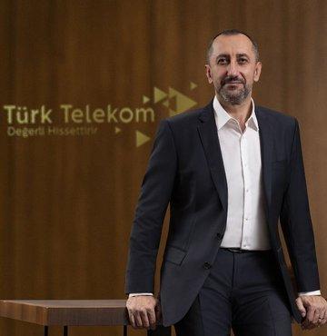 2020 yılında 9 binin üzerinde çalışanı bünyesine katan Türk Telekom Grubu, yeni yılın ilk günlerinde tüm Türkiye'de görev alacak 500 teknikeri daha saha ekibine dâhil ettiğini duyurdu.