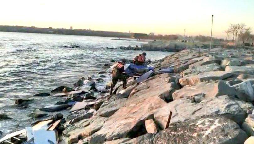 Son dakika haberi: Kuvvetli rüzgar 7 metrelik tekneyi parçaladı! - Haberler