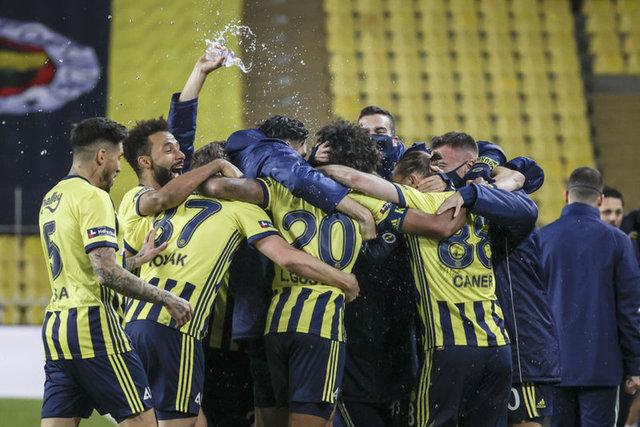 MAÇA DOĞRU... Fenerbahçe Alanyaspor maçı saat kaçta, hangi kanalda? İşte muhtemel 11'ler