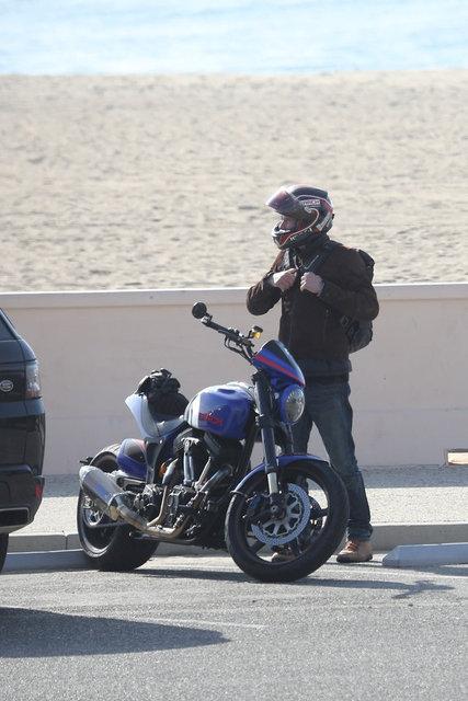 Keanu Reeves, Malibu'da - Magazin haberleri