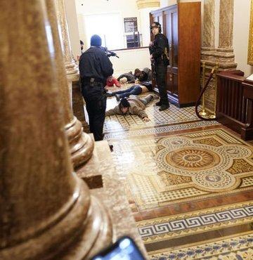 Son dakika haberi... Trump destekçilerinin ABD Kongresini basmasının ardından polis, binanın güvenliğinin sağlandığını duyurdu