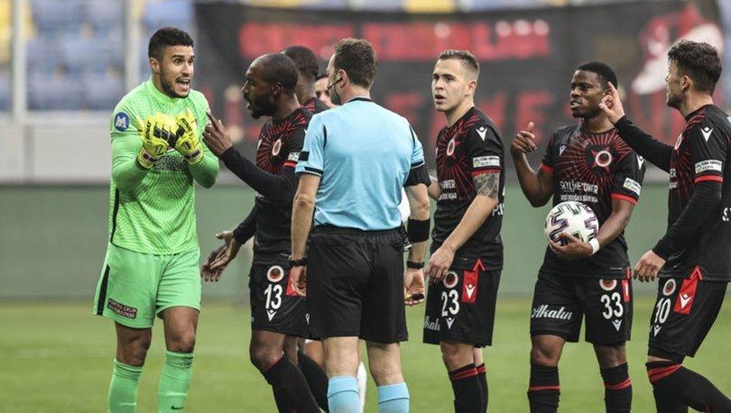 Hatayspor'dan kaleci Munir'in Gençlerbirliği maçında rakibine yaptığı harekete ilişkin açıklama