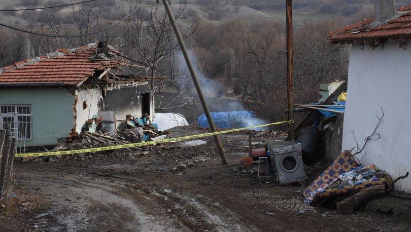 CAYIR CAYIR YANDI! Son dakika: Toprağa gömülü bulunmuştu, şimdi de evi yandı