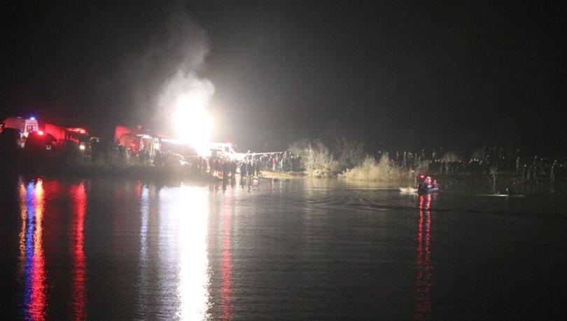Denizli'de otomobil gölete uçtu: 2 kişi kayıp