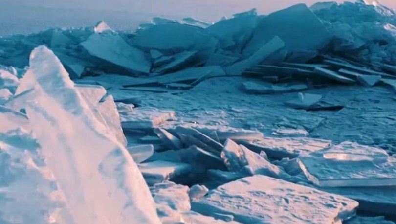 Buz tutan Kapchagay göleti drone ile görüntülendi