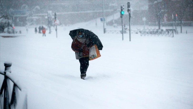 İspanya'da kar fırtınası nedeniyle 3 kişi hayatını kaybetti