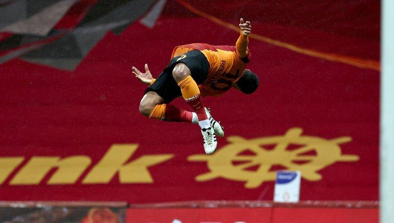 Belhanda en az 6 ay daha Galatasaray'da kalmak istiyor