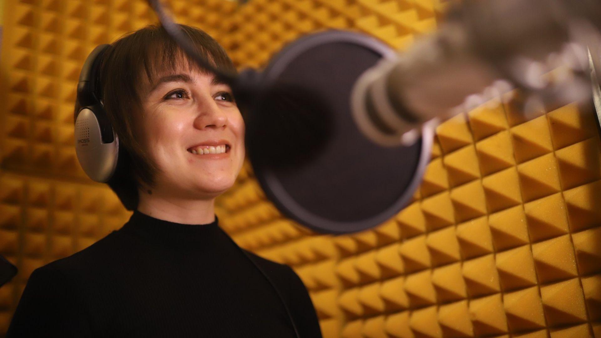 Esra Şaşmaz'ın sesinden Kibritçi Kız