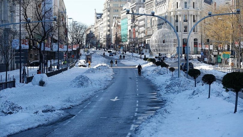 İspanya'da soğuk hava dalgası hayatı esir aldı!