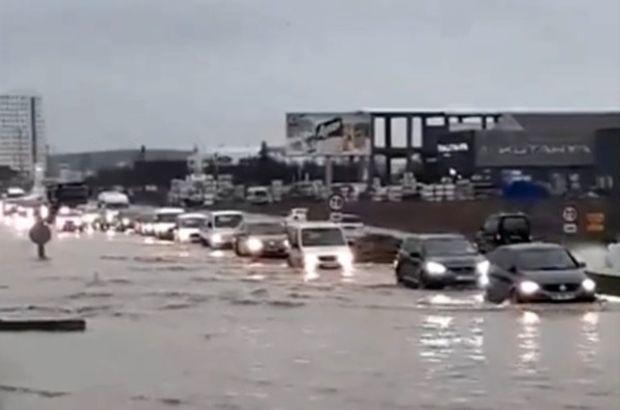 Edirne'de taşkın nedeniyle yollar kapandı!