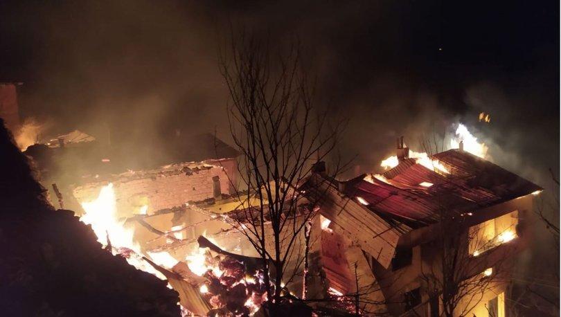 Son dakika haberi: Trabzon'da feci yangın! 6 ev kül oldu - Haberler