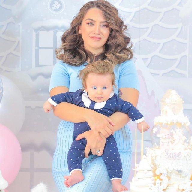 Yağmur Sarıoğlu oğlunun yüzünü ilk kez gösterdi - Magazin haberleri