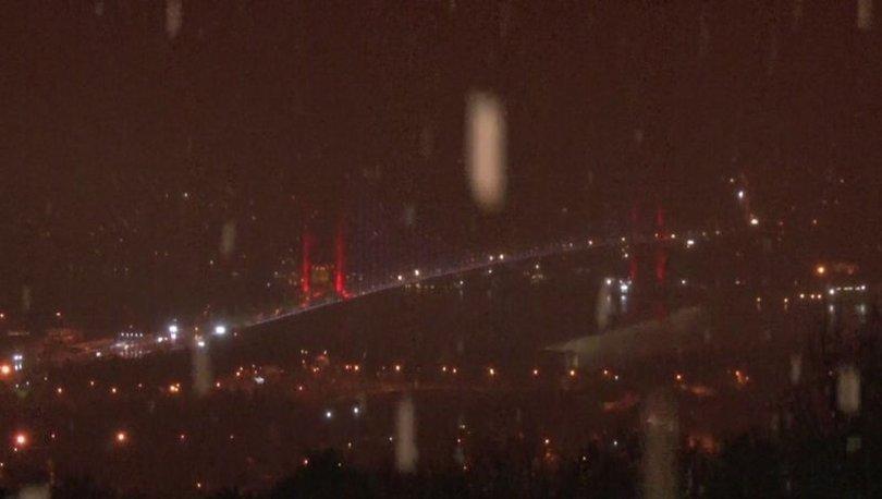 Son dakika! İstanbul'un yüksek kesimlerinde etkili kar yağışı
