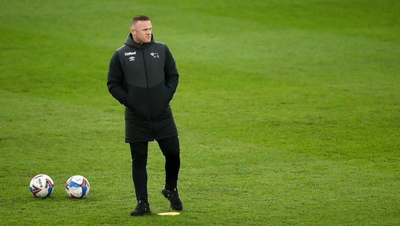 Wayne Rooney futbolu bıraktı, Derby County'de teknik direktörlüğe getirildi
