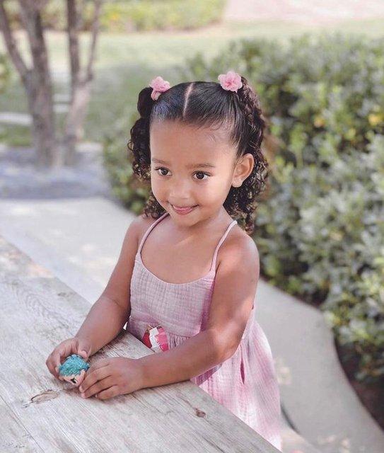 Kim Kardashian ve Kanye West'in kızı Chicago üç yaşında - Magazin haberleri