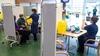 İngiltere'de hükümet, Haziran sonuna kadar tüm yetişkinlere koronavirüs aşısı yapmayı planlıyor