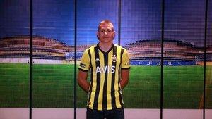 Fenerbahçe, Szalai transferini açıkladı