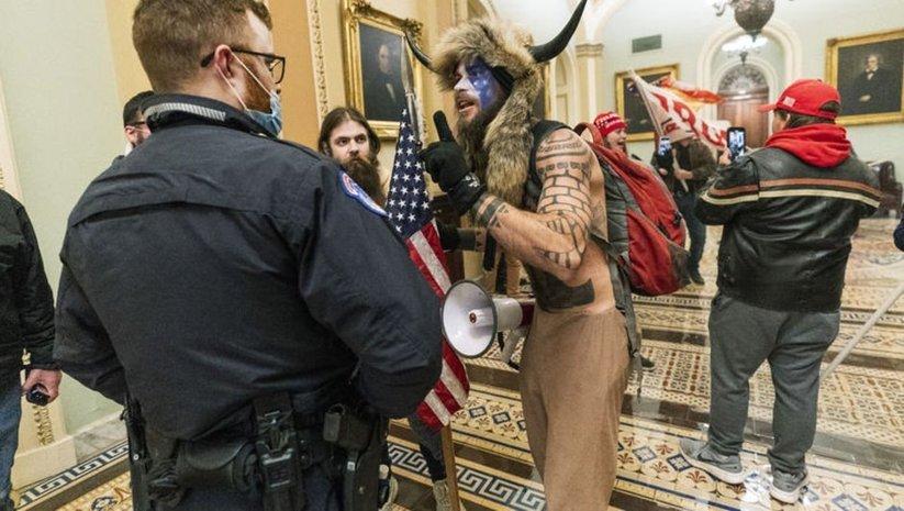 ABD'deki Kongre baskınından yeni görüntüler ortaya çıktı!