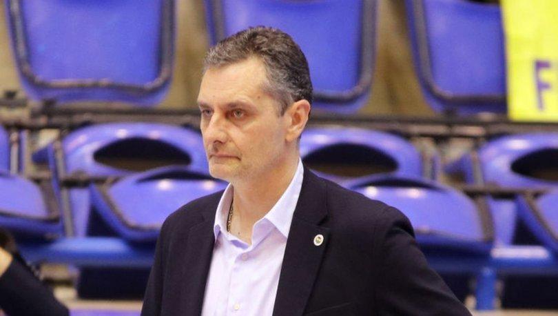Fenerbahçe Opet'te başantrenör Zoran Terzic'in sözleşmesi 3 yıl uzatıldı