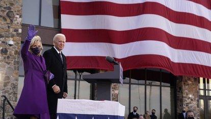 Biden, Kovid-19'dan ölen ABD'lileri törenle andı
