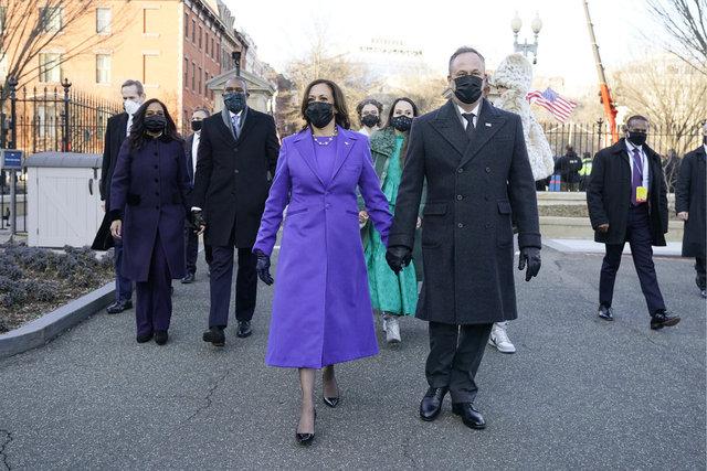 DAMGA VURDU! Son dakika: Biden'ın yemin töreninde kıyafetli mesaj