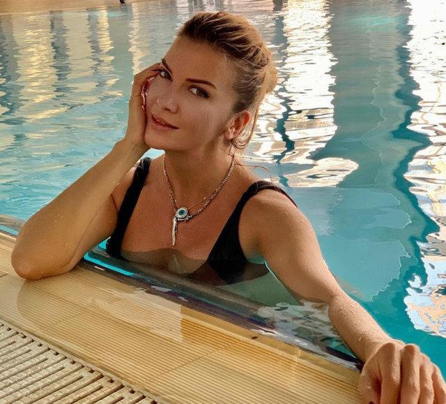 Ivana Sert aşkını ayağına yazdı - Magazin haberleri