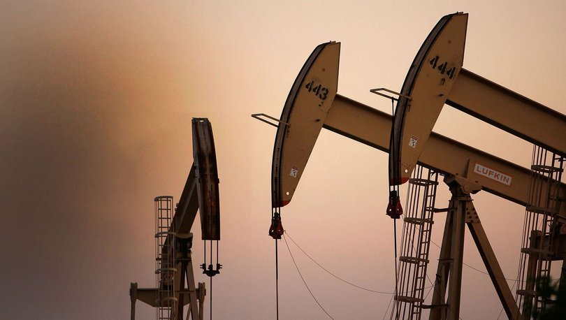 Brent petrolün varili 55,47 dolar