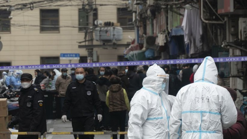 Çin'de şüpheli vaka paniği: İki hastane karantinada!