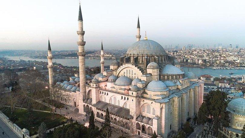 Camiler açık mı? Camilerde cuma namazı kılınıyor mu? Diyanet'ten cuma namazı açıklaması!