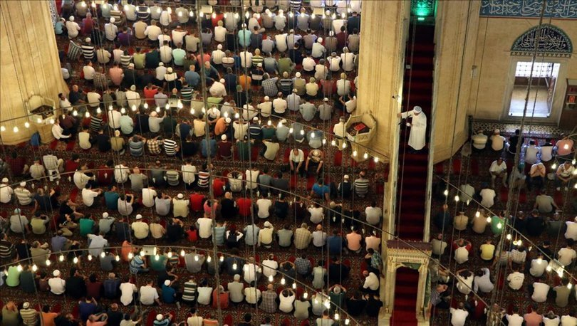 İzmir'de cuma namazı saat kaçta kılınıyor? 22 Ocak İzmir Cuma namazı saati
