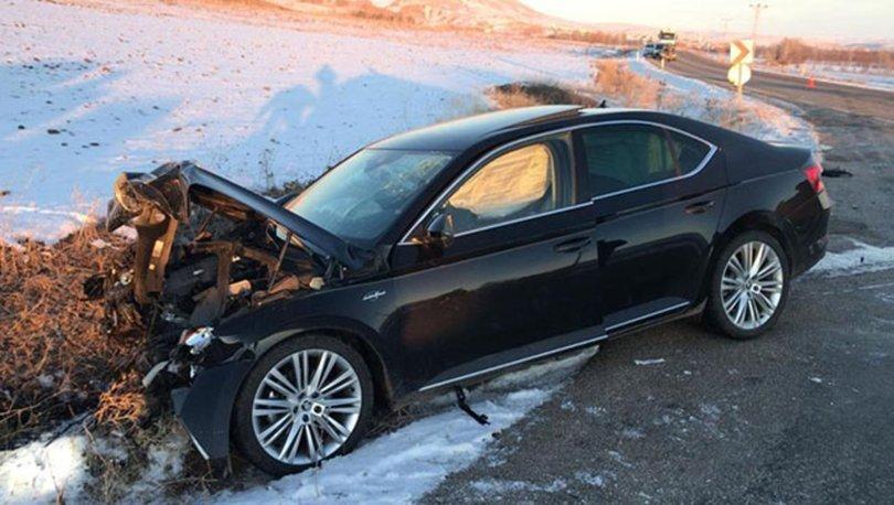 Belediye başkanı ve 1 kişinin yaralandığı kazada, sürücü öldü
