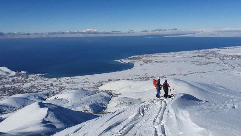 Artos Dağı'nın zirvesindeki görüntüler nefes kesti