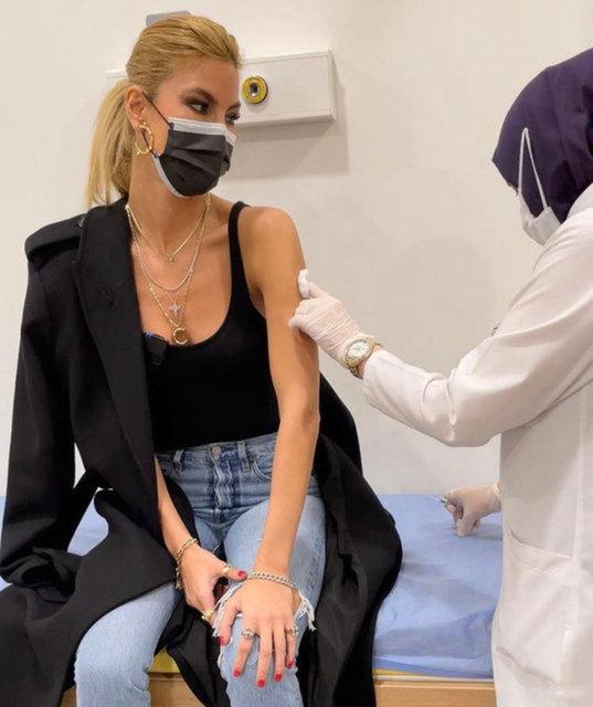 Korona aşısı olan Çağla Şikel'in koronavirüs test sonucu çıktı - Son dakika Magazin Haberleri
