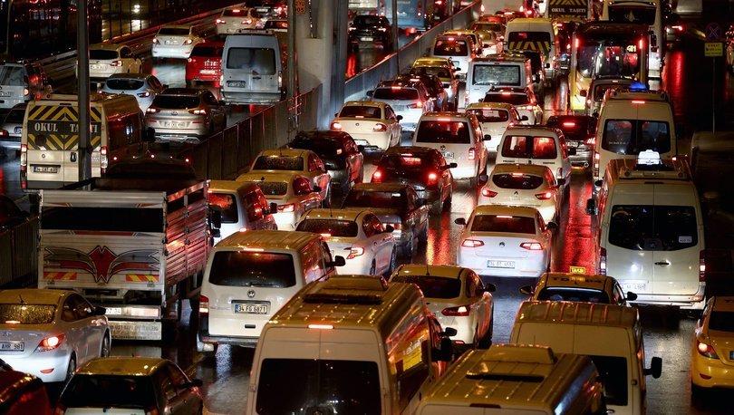 İstanbul trafiği! Son dakika veriler belli oldu! Her akşam kilitleniyor