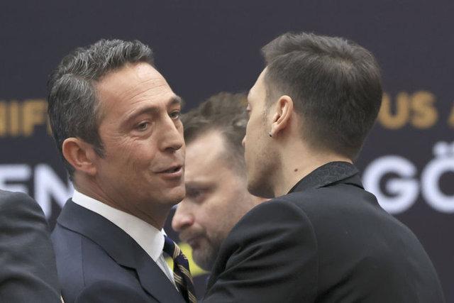 SON DAKİKA: Yıldız oyuncu Mesur Özil dünya manşetlerinde! Fenerbahçe transfer haberleri