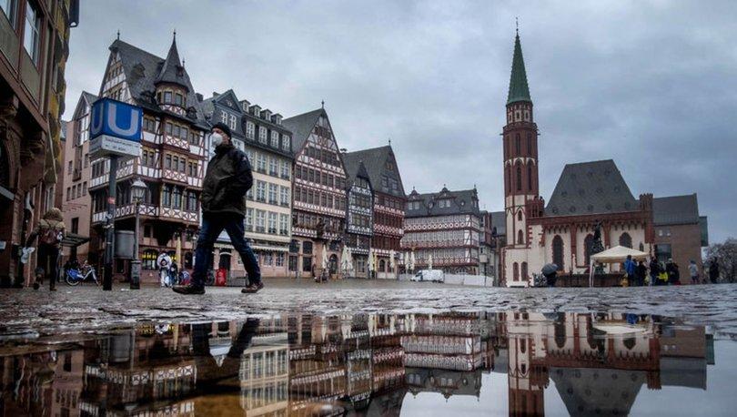SON DAKİKA:m Avrupa'da mutasyona uğramış koronavirüs alarmı! Giriş çıkışlar yasaklanıyor! - Haberler