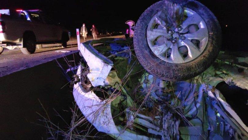 Şanlıurfa'da kamyon ile otomobil çarpıştı: 4 ölü