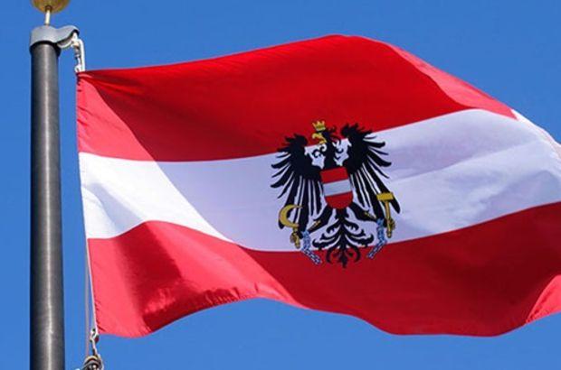 Avusturya'da Nazi propagandası yapan general görevden uzaklaştırıldı