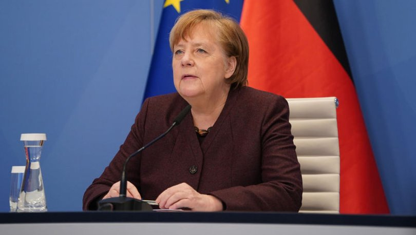 Almanya Başbakanı Merkel'den aşı açıklaması