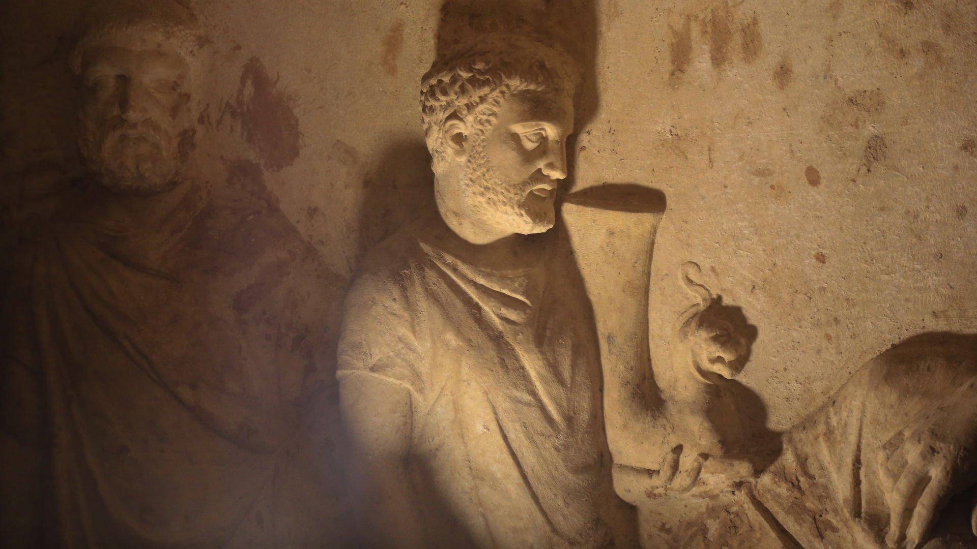 Kültürel ve doğal miraslarımız XXI(Hekatomnos Anıt Mezarı)