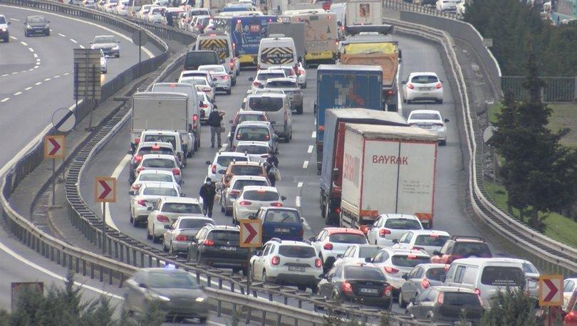 Son dakika: İstanbul'da kısıtlama öncesi trafik yoğunluğu! - Haberler