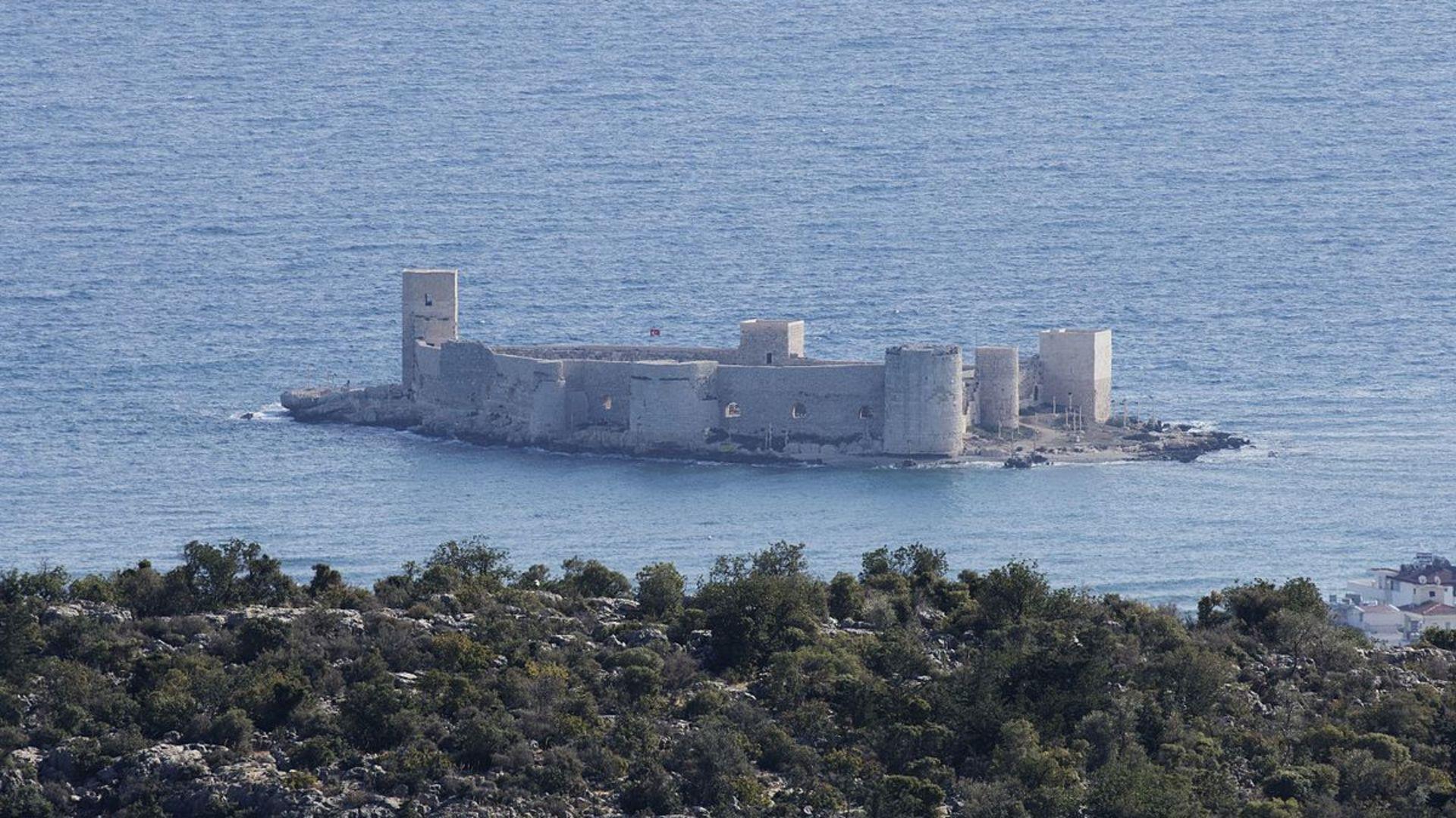 Kültürel ve doğal miraslarımız XXVI (Korykos Antik Kenti )